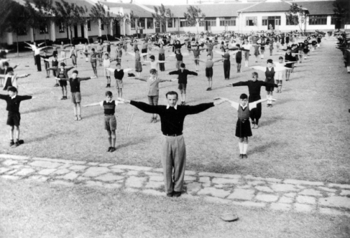 Shanghai, China, A sports class at the Jewish Youth Association school.  Courtesy of the Yad Vashem Photo Archive. Click for source.
